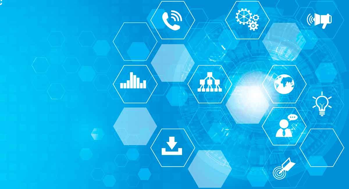 Um infoproduto é serviço ou produto? Entenda o conceito e saiba quais são as diferentes possibilidades para entregar um infoproduto no mercado digital.