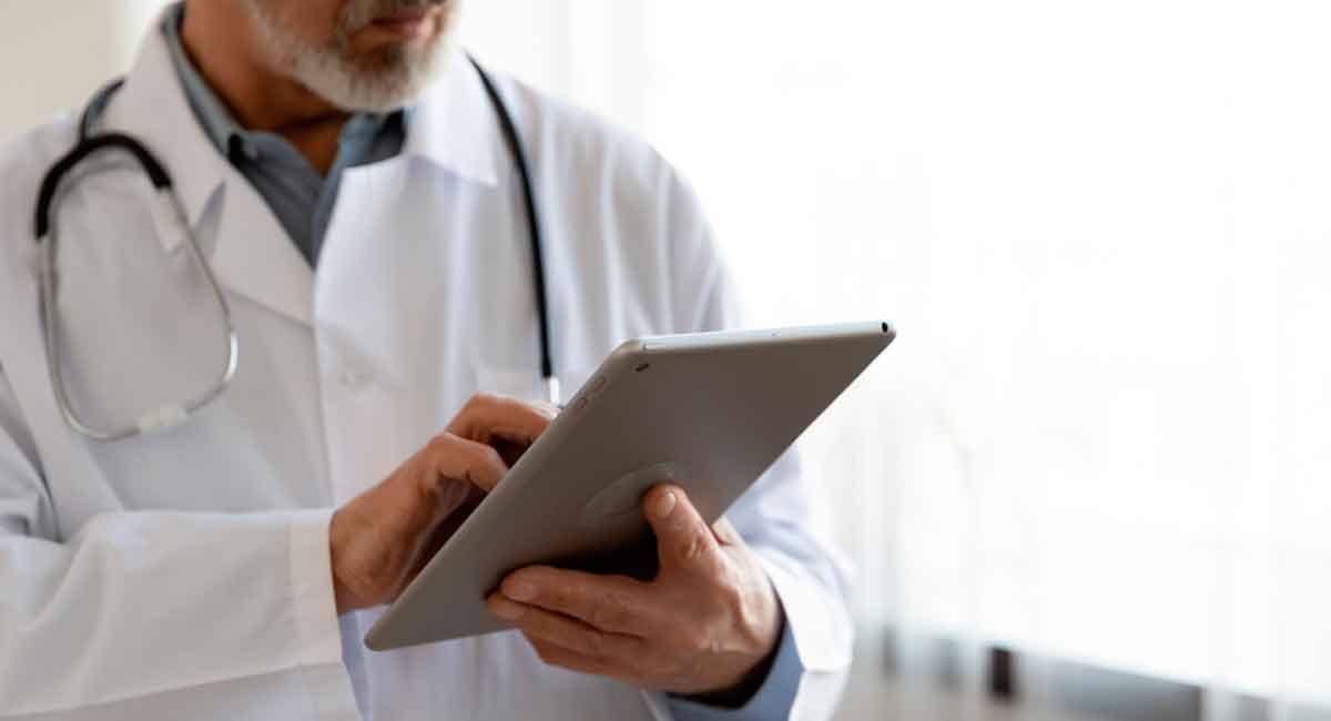 Ganhar tempo para centrar a atenção no atendimento ao paciente costuma ser uma prioridade para os profissionais da saúde? E se existisse um meio de automatizar todos os procedimentos da clínica para esse tempo dobrar? Pois existe. O software médico consegue facilitar estes e outros procedimentos. Confira agora!