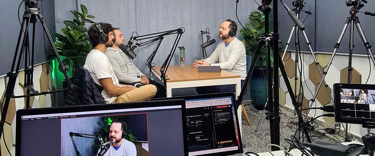 imagem que represente gravação de podcast