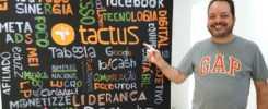 O empreendedor contábil Anderson Hernandes na sede da Tactus Contabilidade